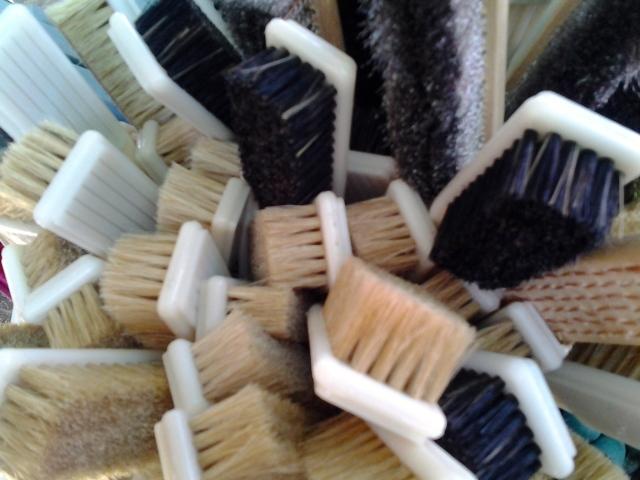 brushes dirt market